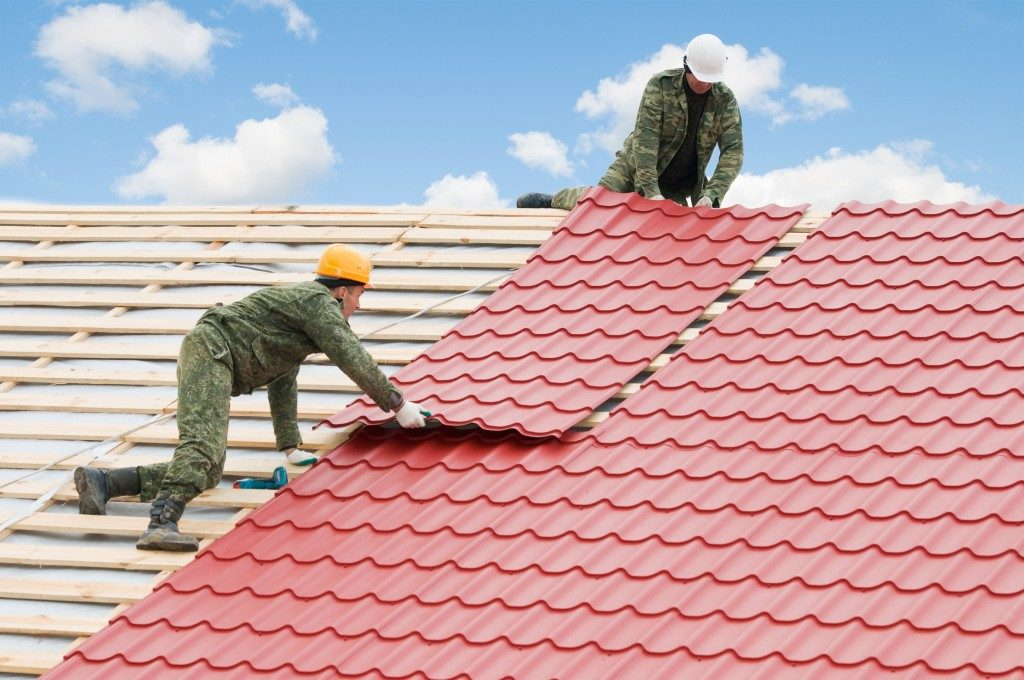 how to fix your own roof